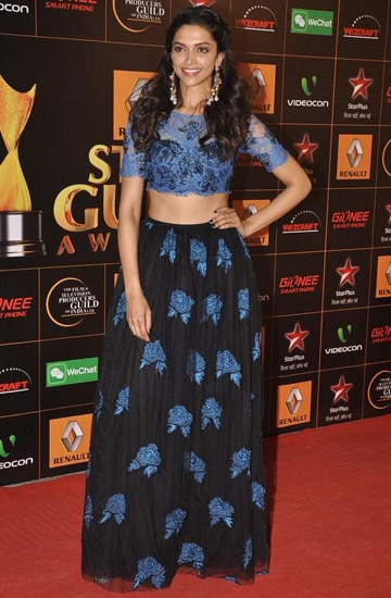 Deepika Padukone, crop top, spring summer 2014, what to wear, bollywood style, india fashion blogger lehenga, indian style , appleblossom